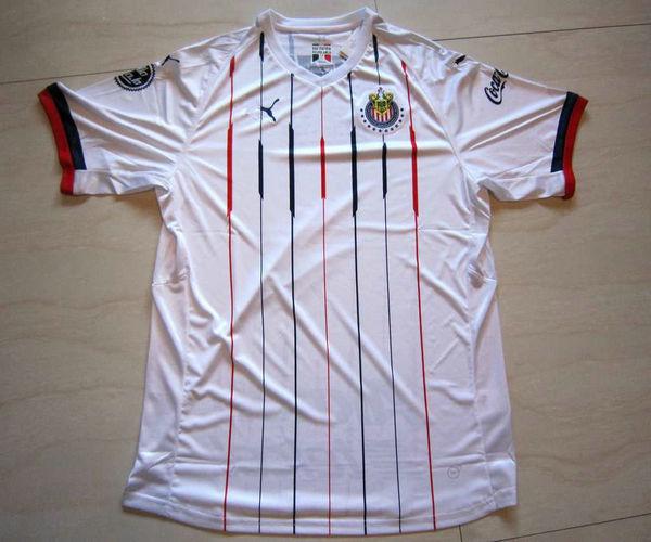 Foto per magliette calcio Chivas de Guadalajara 2018-2019 seconda ...